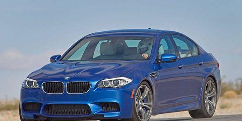 Blue, Automotive design, Vehicle, Rim, Car, Hood, Alloy wheel, Grille, Automotive tire, Spoke,