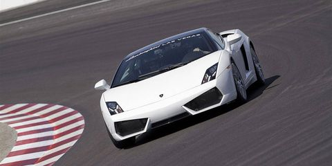 Mode of transport, Automotive design, Vehicle, Automotive exterior, Headlamp, Transport, Hood, Supercar, Car, Grille,