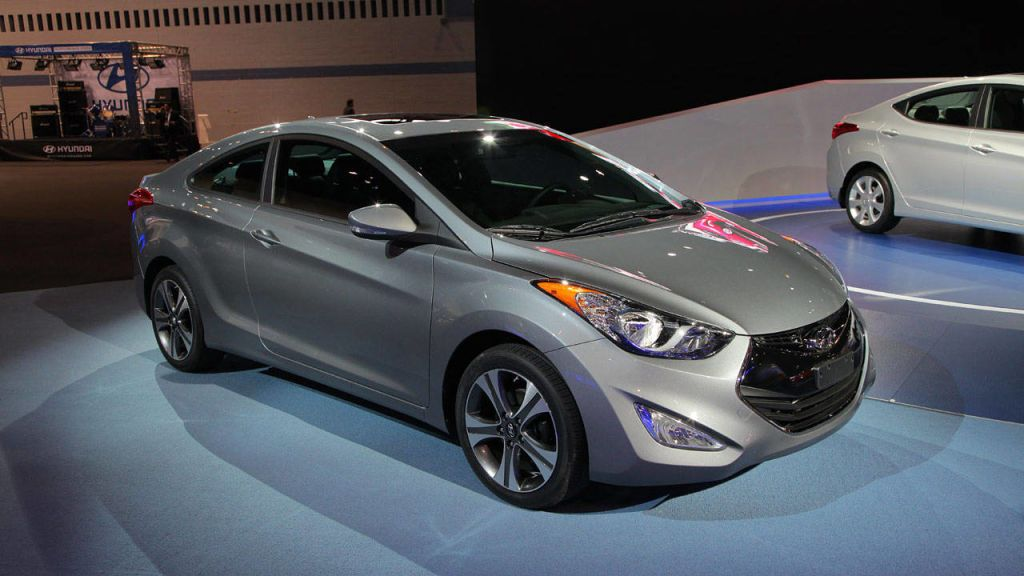 Photos 2013 Hyundai Elantra Coupe