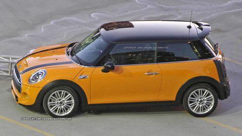 Motor vehicle, Tire, Automotive design, Yellow, Vehicle, Automotive exterior, Hood, Vehicle door, Glass, Automotive lighting,