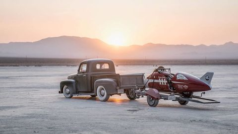 Automotive tire, Automotive design, Vehicle, Pickup truck, Landscape, Mountain range, Truck, Automotive exterior, Fender, Rim,