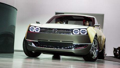 Tire, Motor vehicle, Automotive design, Vehicle, Automotive exterior, Event, Land vehicle, Automotive lighting, Car, Grille,