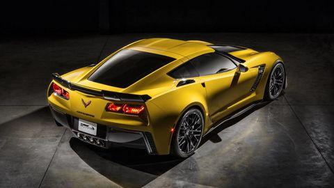 Tire, Wheel, Automotive design, Vehicle, Yellow, Automotive lighting, Performance car, Vehicle registration plate, Rim, Car,
