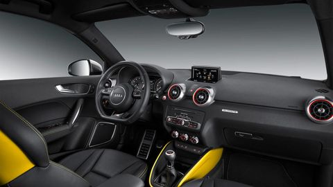 Motor vehicle, Mode of transport, Steering part, Automotive design, Vehicle, Steering wheel, Automotive mirror, Center console, Car, Speedometer,
