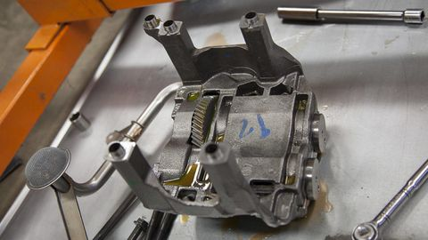 Machine, Metal, Automotive engine part, Engineering, Steel, Nut, Engine, Aluminium, Silver, Nickel,