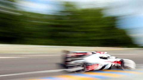 Automotive tire, Race track, Asphalt, Motorsport, Racing, Auto racing, Race car, Auto part, Tar, Endurance racing (motorsport),
