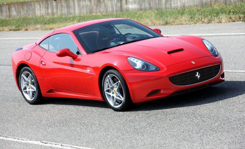 Ferrari 2010 california