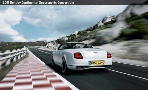 Road, Tire, Mode of transport, Automotive design, Automotive tail & brake light, Vehicle, Automotive lighting, Land vehicle, Transport, Infrastructure,