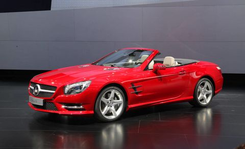 Tire, Wheel, Mode of transport, Automotive design, Vehicle, Performance car, Grille, Car, Red, Mercedes-benz,
