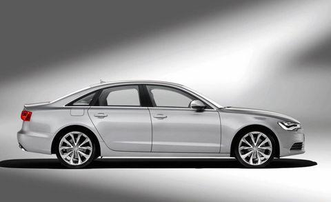 Tire, Wheel, Automotive design, Vehicle, Alloy wheel, Rim, Spoke, Car, Automotive lighting, Full-size car,
