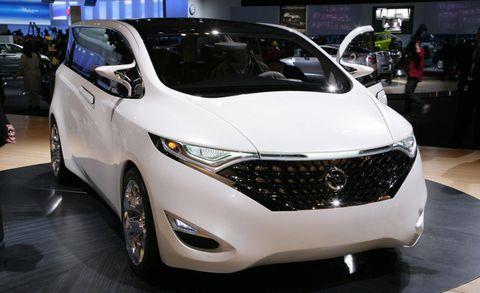 Motor vehicle, Mode of transport, Automotive design, Vehicle, Land vehicle, Event, Car, Auto show, Exhibition, Grille,