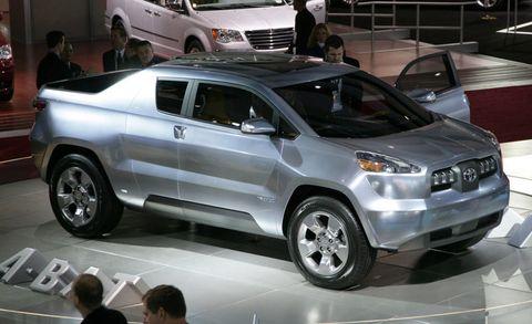 Tire, Wheel, Motor vehicle, Automotive design, Vehicle, Land vehicle, Product, Event, Automotive tire, Car,