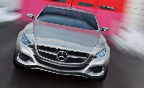 Mode of transport, Automotive design, Vehicle, Land vehicle, Grille, Automotive exterior, Automotive mirror, Car, Mercedes-benz, Automotive lighting,