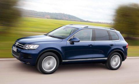 Tire, Wheel, Automotive design, Automotive tire, Vehicle, Alloy wheel, Rim, Car, Automotive exterior, Spoke,