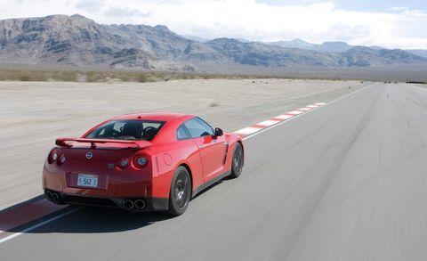 Tire, Wheel, Automotive design, Road, Vehicle, Mountain range, Mountainous landforms, Car, Rim, Performance car,