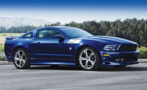 Tire, Wheel, Motor vehicle, Automotive design, Blue, Automotive tire, Vehicle, Hood, Headlamp, Rim,