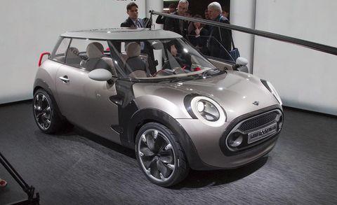 Automotive design, Vehicle, Car, Vehicle door, Grille, Alloy wheel, Mini, Rim, Windshield, Grey,