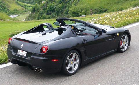 Tire, Wheel, Mode of transport, Automotive design, Vehicle, Rim, Alloy wheel, Road, Car, Vehicle registration plate,