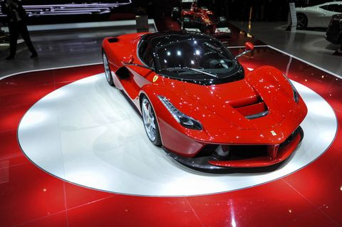 Tire, Mode of transport, Automotive design, Vehicle, Event, Land vehicle, Auto show, Car, Exhibition, Personal luxury car,