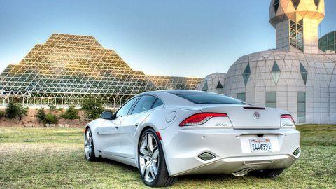 Tire, Wheel, Mode of transport, Automotive design, Vehicle registration plate, Vehicle, Alloy wheel, Window, Rim, Performance car,