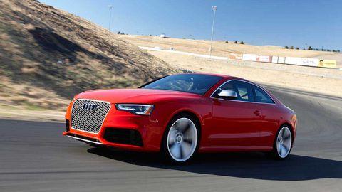 Tire, Wheel, Mode of transport, Automotive design, Road, Vehicle, Automotive mirror, Land vehicle, Transport, Car,