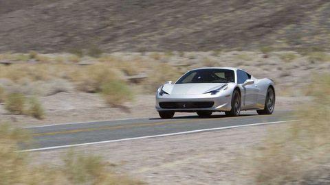 Automotive design, Road, Infrastructure, Rim, Car, Performance car, Supercar, Fender, Hood, Automotive exterior,