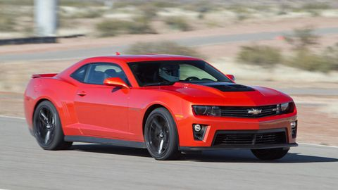 Tire, Wheel, Automotive design, Vehicle, Automotive tire, Hood, Transport, Infrastructure, Automotive lighting, Chevrolet camaro,