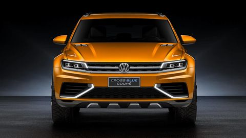 Motor vehicle, Automotive design, Product, Vehicle, Yellow, Headlamp, Automotive lighting, Grille, Land vehicle, Car,