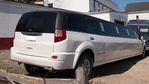 Tire, Automotive tire, Vehicle, Land vehicle, Transport, Glass, Infrastructure, Automotive exterior, Automotive tail & brake light, Rim,