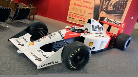 Tire, Automotive tire, Automotive design, Open-wheel car, Formula one tyres, Automotive wheel system, Formula one car, Formula one, Drum, Automotive exterior,
