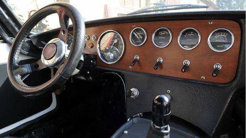 Motor vehicle, Steering part, Mode of transport, Steering wheel, Vehicle, Transport, Classic car, Classic, Antique car, Gauge,