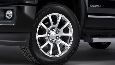 Tire, Wheel, Automotive tire, Alloy wheel, Automotive design, Automotive exterior, Automotive wheel system, Vehicle, Rim, Spoke,