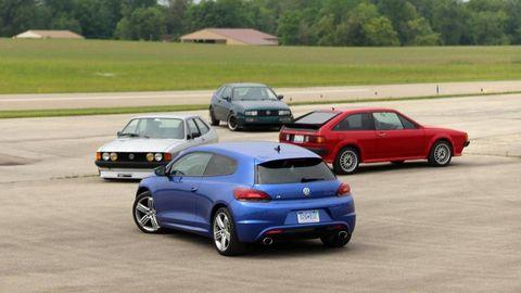 Tire, Wheel, Mode of transport, Automotive design, Vehicle, Land vehicle, Automotive parking light, Car, Performance car, Automotive mirror,