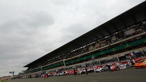 Sport venue, Automotive tire, Race track, Motorsport, Sports car racing, Racing, Race car, Touring car racing, Auto racing, Championship,