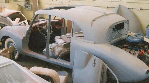 Motor vehicle, Vehicle door, Classic, Windshield, Automotive window part, Classic car, Machine, Hood, Scrap, Antique car,