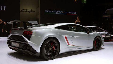 Tire, Wheel, Mode of transport, Automotive design, Vehicle, Transport, Land vehicle, Event, Car, Rim,