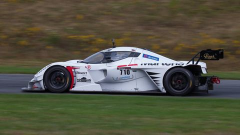 Tire, Wheel, Automotive design, Automotive tire, Vehicle, Race track, Motorsport, Automotive wheel system, Car, Racing,