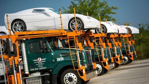 Tire, Wheel, Motor vehicle, Mode of transport, Automotive design, Automotive tire, Transport, Vehicle, Land vehicle, Automotive wheel system,