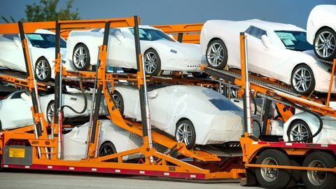 Tire, Wheel, Motor vehicle, Automotive design, Alloy wheel, Automotive tire, Automotive wheel system, Vehicle, Land vehicle, Rim,