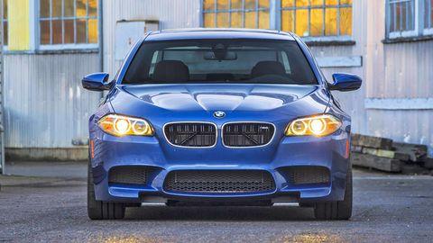 Automotive design, Blue, Vehicle, Hood, Automotive lighting, Automotive exterior, Headlamp, Land vehicle, Grille, Automotive parking light,