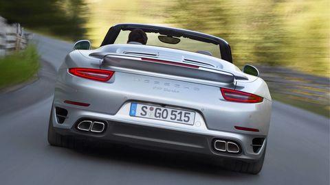 Mode of transport, Automotive design, Vehicle registration plate, Vehicle, Automotive exterior, Automotive lighting, Performance car, Car, Personal luxury car, Bumper,
