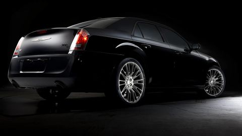 Tire, Wheel, Motor vehicle, Automotive design, Automotive tire, Vehicle, Automotive lighting, Automotive tail & brake light, Land vehicle, Car,