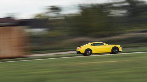 Tire, Automotive design, Vehicle, Road, Car, Performance car, Rim, Alloy wheel, Fender, Supercar,