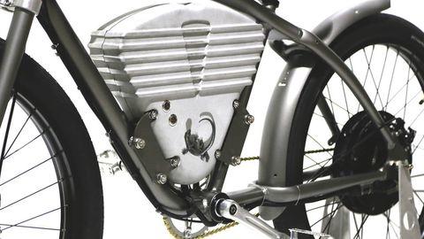 Mode of transport, Transport, Spoke, Bicycle wheel rim, Rim, Automotive tire, Automotive lighting, Fender, Bicycle tire, Tread,