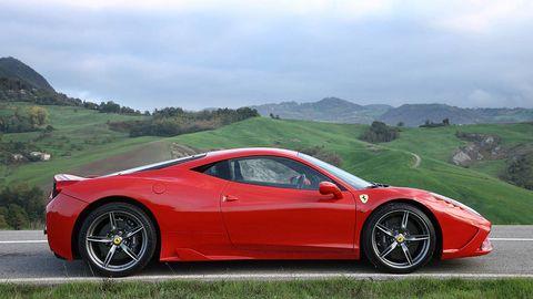 Tire, Wheel, Mode of transport, Automotive design, Vehicle, Land vehicle, Car, Transport, Rim, Automotive lighting,