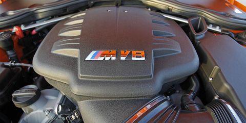 Land vehicle, Vehicle, Car, Luxury vehicle, Auto part, Engine, Personal luxury car, Mid-size car,