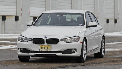 Tire, Automotive design, Vehicle, Automotive lighting, Land vehicle, Automotive exterior, Hood, Car, Rim, Vehicle registration plate,