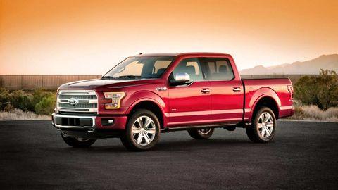 Tire, Wheel, Motor vehicle, Automotive design, Vehicle, Automotive tire, Land vehicle, Pickup truck, Truck, Rim,
