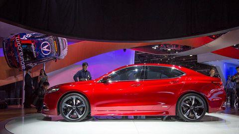 Tire, Wheel, Automotive design, Vehicle, Event, Car, Alloy wheel, Personal luxury car, Performance car, Luxury vehicle,