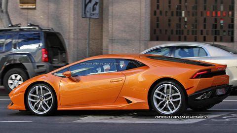 Tire, Wheel, Motor vehicle, Mode of transport, Automotive design, Land vehicle, Vehicle, Transport, Rim, Car,
